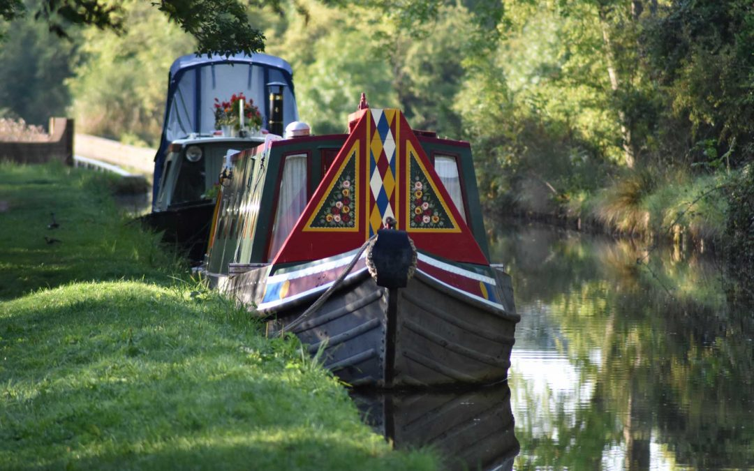 Explore Great Britain by canal boat