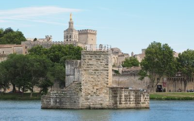 Le Pont Saint-Bénézet, in Avignon, southern France