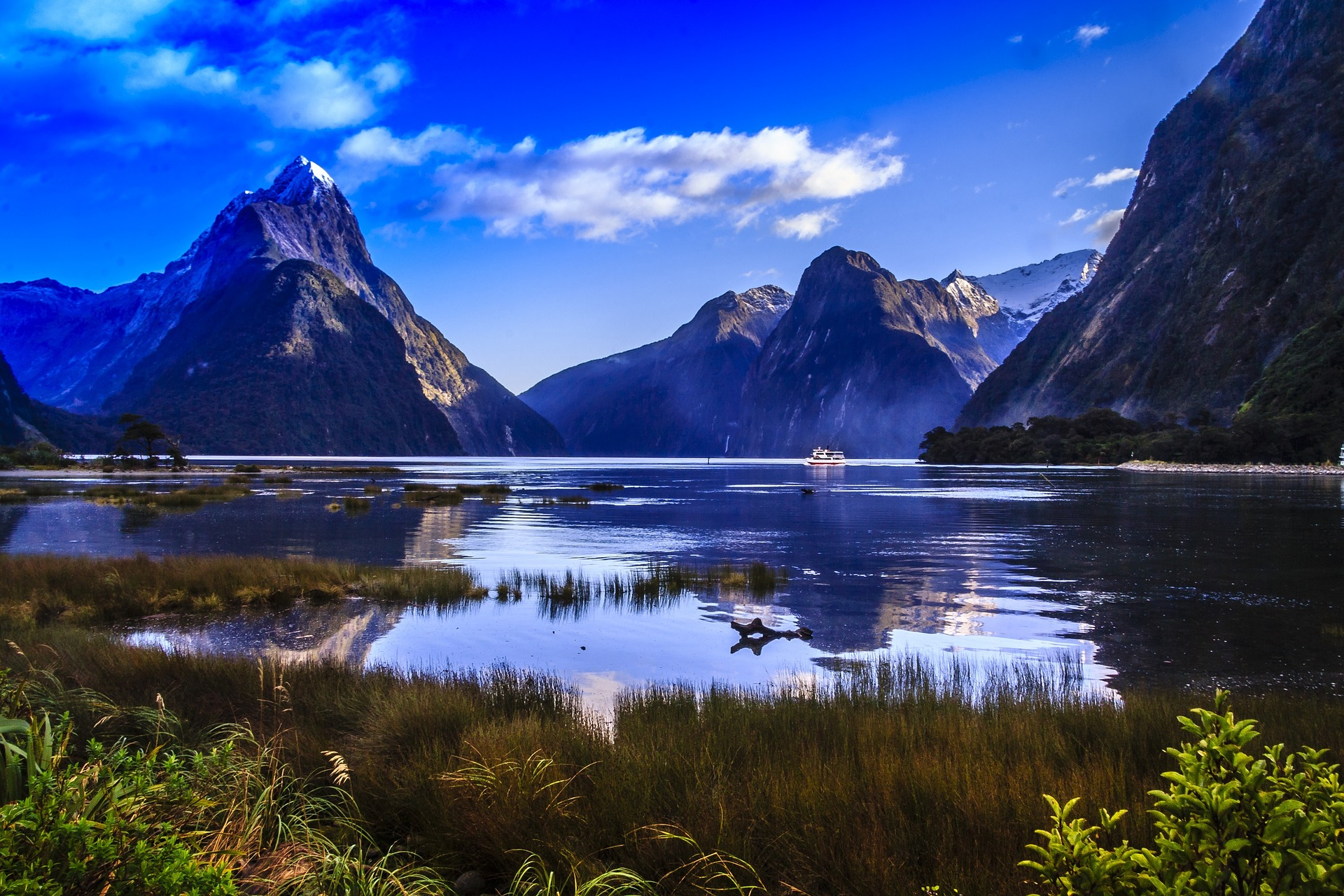 Mitre Peak, Milford Sound, Fiordlands National Park,New Zealand