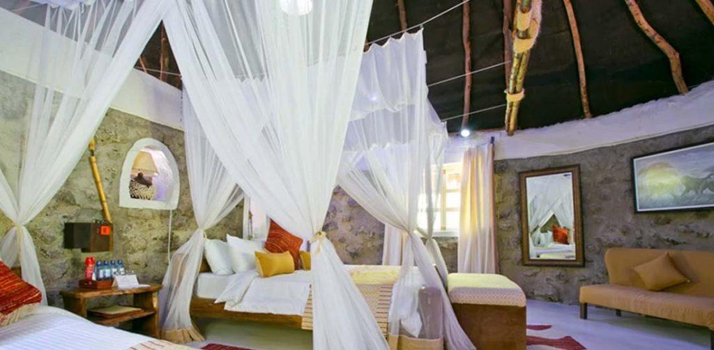 Mbweha Camp Room, Congreves Conservancy, Kenya, Africa, Safari