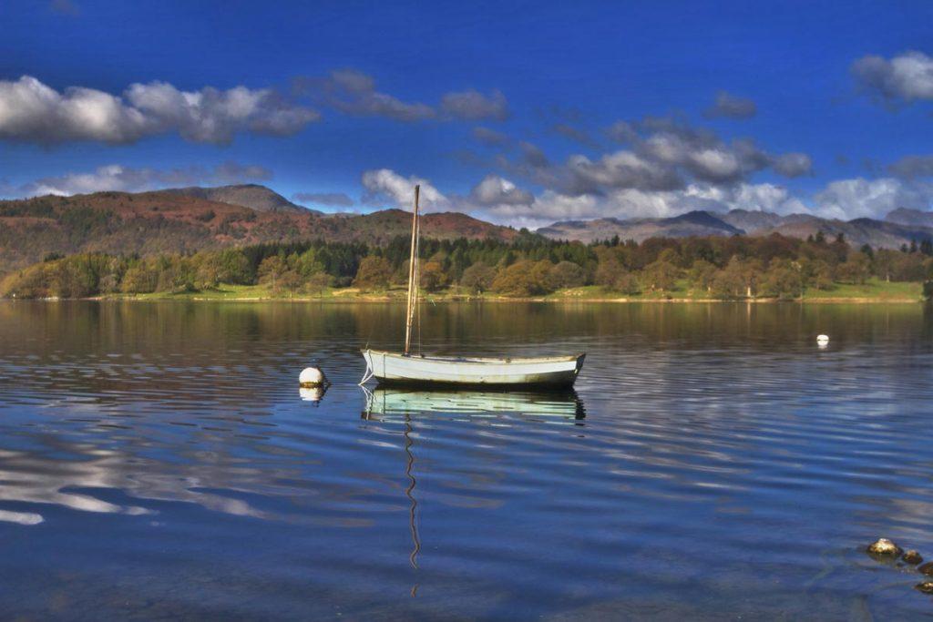 Lake Windermere, Lake District, Cumbria, England. Photo via Pixabay
