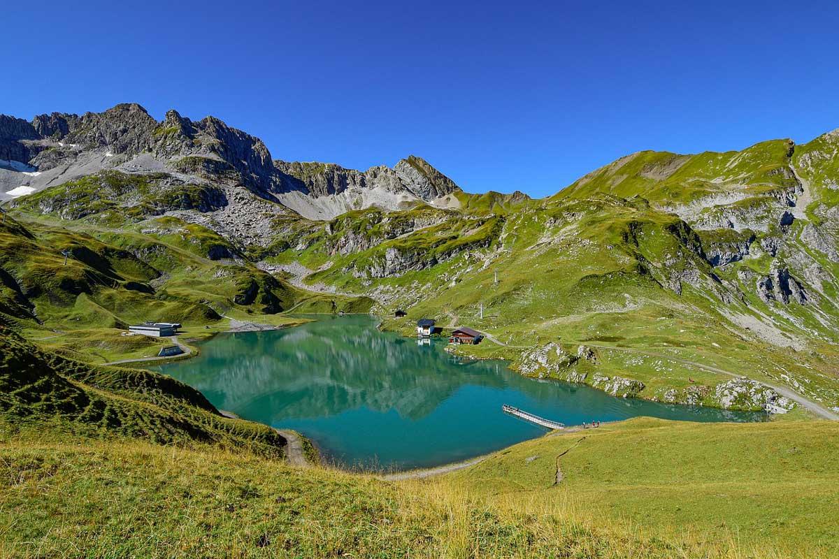Hiking trail Zürser See, near Zurs, the Arlberg, Austria